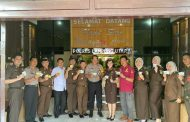 Kejari Lampura turut Melaksanakan Upacara Peringatan Hari Anti Korupsi Sedunia.