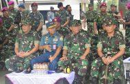 Komandan Lantamal V Sambut dan Dampigi Kunker Panglima TNI dan Wakasal di Surabaya
