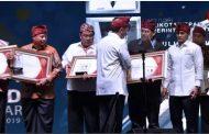 Penghargaan Kadin Award 2019 Diraih Wali Kota Kediri