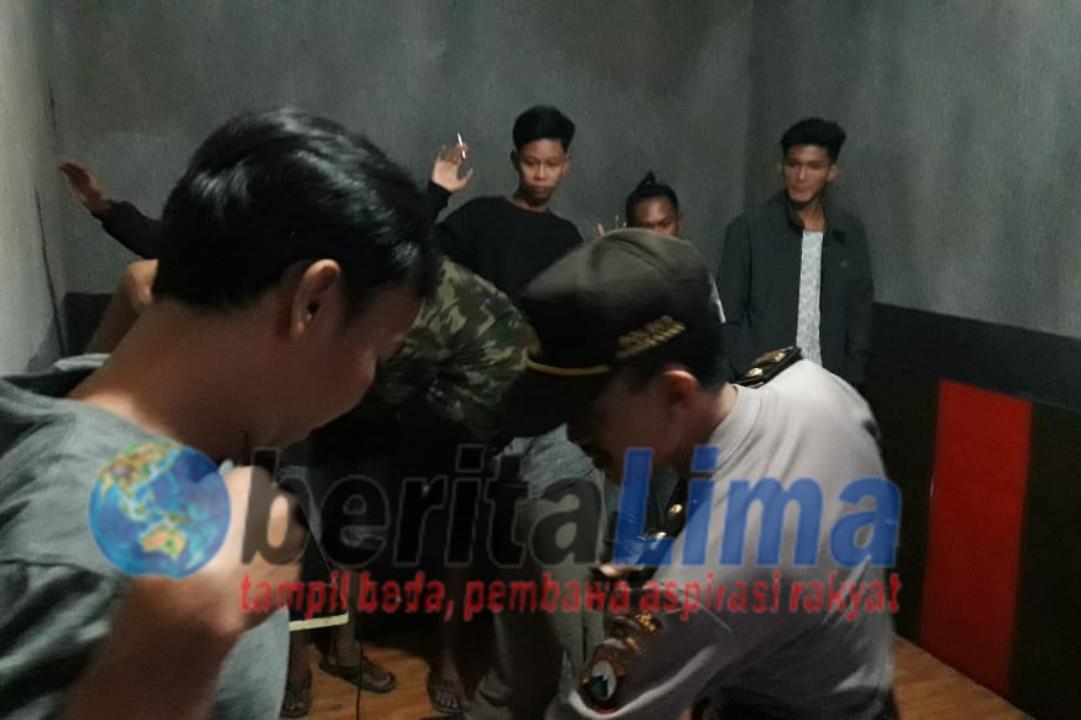 Jelang Tahun Baru, Polisi Razia Tempat Hiburan Karaoke Dan Hotel di Pamekasan