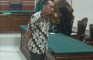 Pungli Perijinan, Bendahara ESDM Jatim Dihukum 1 Tahun 4 Bulan dan Denda