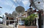 Rumah Roy Suryo Dipenuhi Parabola, Untuk Apa?