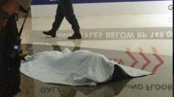 Seorang Pria Tewas Terjun dari Lantai 4 Galaxi Mall Surabaya