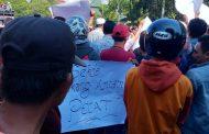 Dinilai Bikin Gaduh Ribuan Massa Tuntut Sekda Bondowoso Mundur