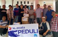 XL Axiata Fasilitasi Pelanggan Bantu Korban Banjir dan Longsor
